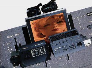 RM-E 1000 + Mélangeur Videonics MX1