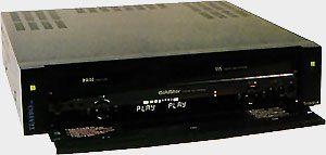 magnétoscope VHS Video8 Goldstar R-DV 80